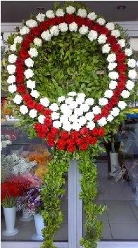 Cenaze çelenk çiçeği modeli  Ağrı anneler günü çiçek yolla