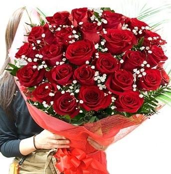 Kız isteme çiçeği buketi 33 adet kırmızı gül  Ağrı çiçek gönderme sitemiz güvenlidir