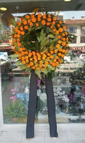 Cenaze çiçeği cenaze çelengi çiçek modeli  Ağrı çiçek gönderme