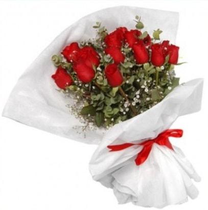 9 adet kırmızı gül buketi  Ağrı çiçekçi mağazası