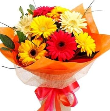 9 adet karışık gerbera buketi  Ağrı çiçek , çiçekçi , çiçekçilik